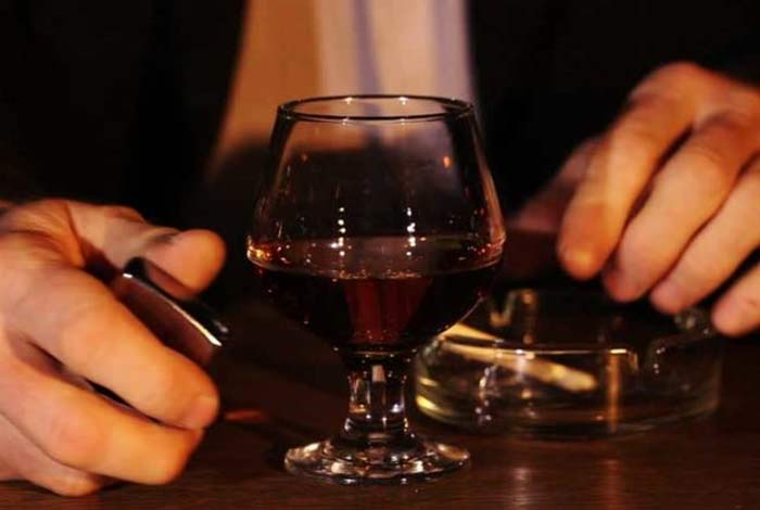 new survey shows only 30% americans are aware that drinking causes cancer