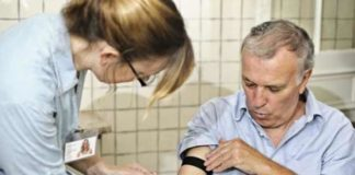 a blood test can find toxic proteins in blood stream for early diagnosis of alzheimers disease