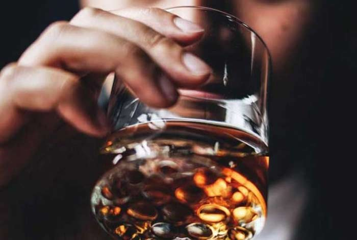 alcoholism symptoms causes prevention and treatment