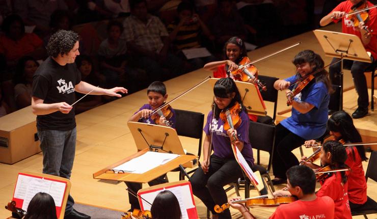 Music classes help improve kids' brains